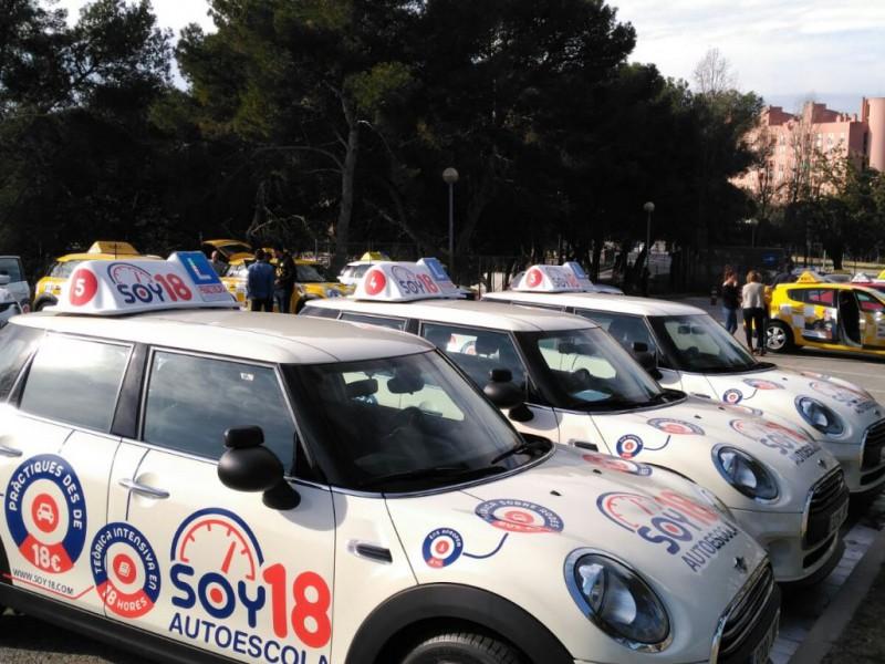 Examen práctico de conducir: Autoescuela SOY18 lucha contra la falta de cupo